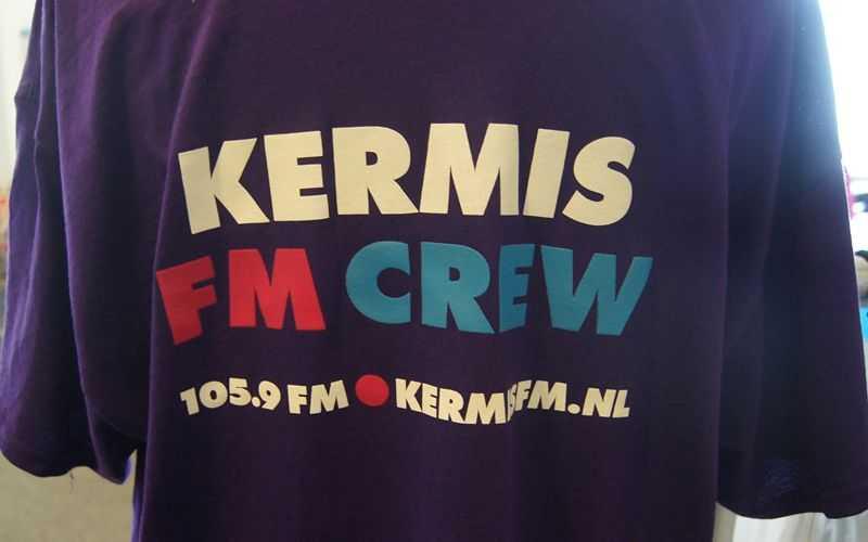 Kermis FM kleding met logo