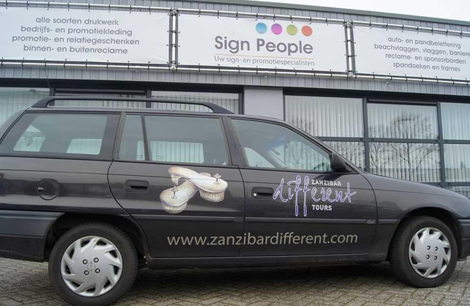 Autobelettering Zanzibardifferent