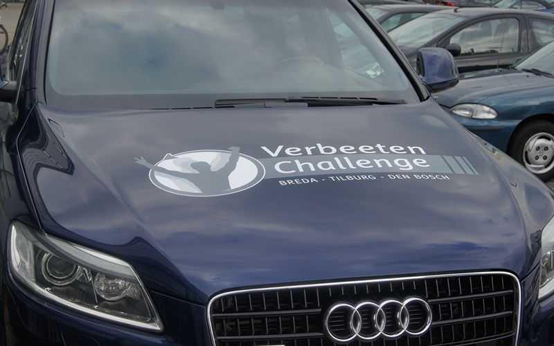 Logo van Verbeeten op Auto sticker