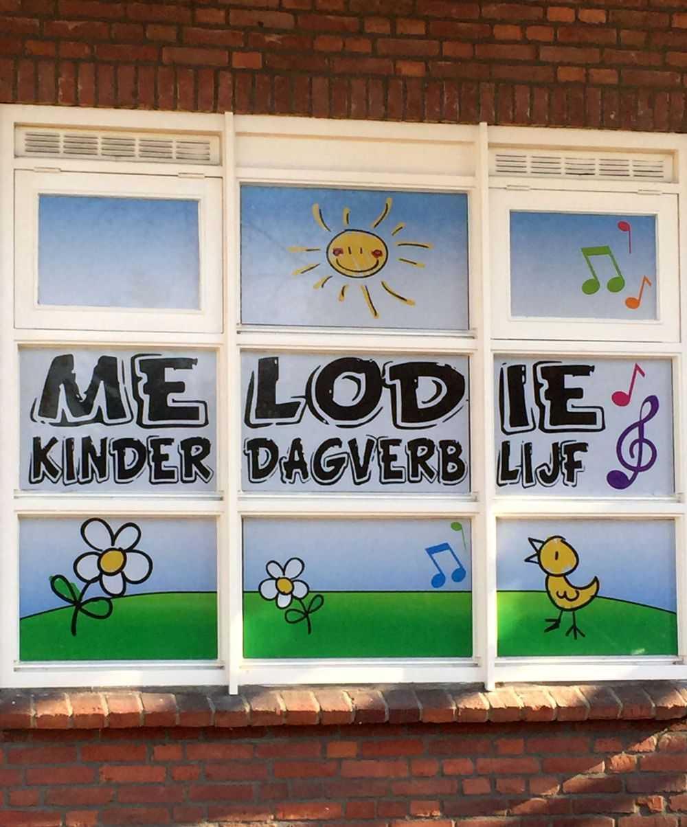 Sticker ramen kinderdagverblijf
