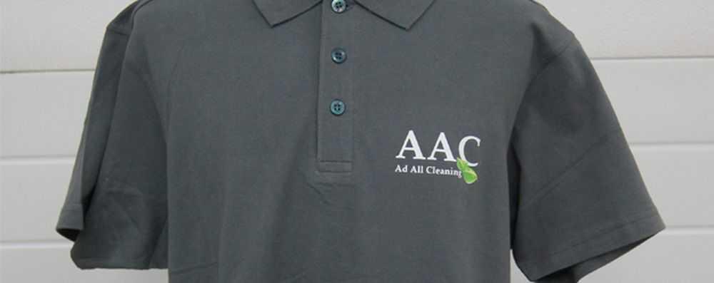 Polo met logo op de borst AAC