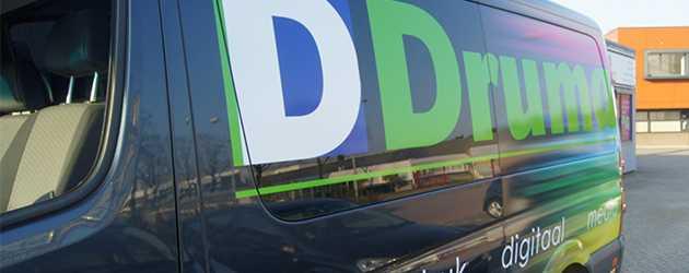 Bedrijfsbus Druma belettering folie sticker