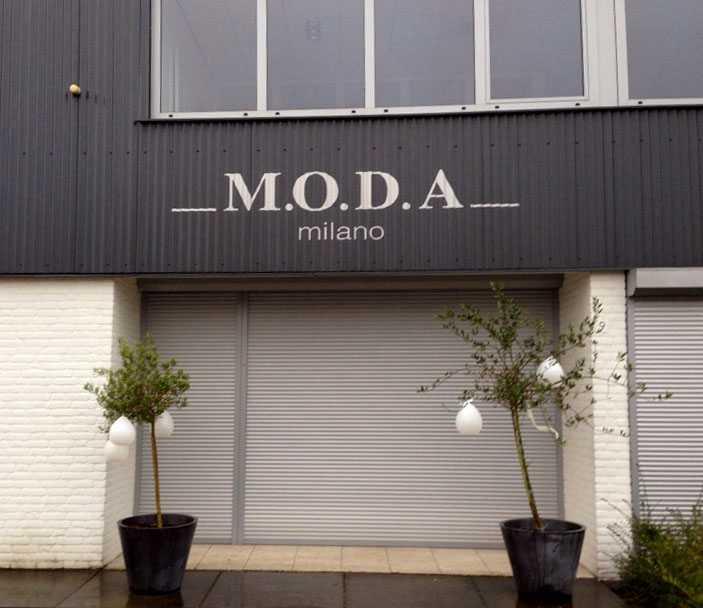 M.O.D.A. Milano Pandbelettering folie