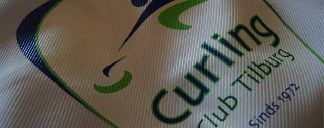 Textiel Curlingclub Tilburg met logo bedrukt