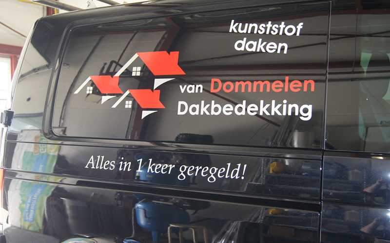van Dommelen Dakbedekking Autobelettering