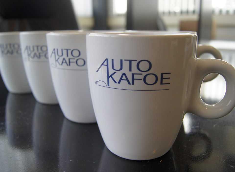 Auto Kafoe Relatiegeschenken kop en schotel