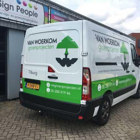 Bedrijfsbus_Van Woerom_Sign People