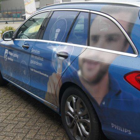 Bedrijfsauto carwrap en one way vision