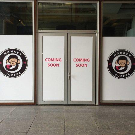 Raamfolie Voor Monkey Coffee Tilburg