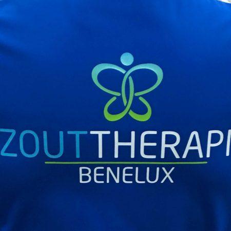 Blauw textiel met logo