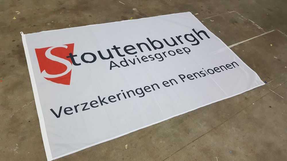 Stoutenburg adveisgroep spandoek