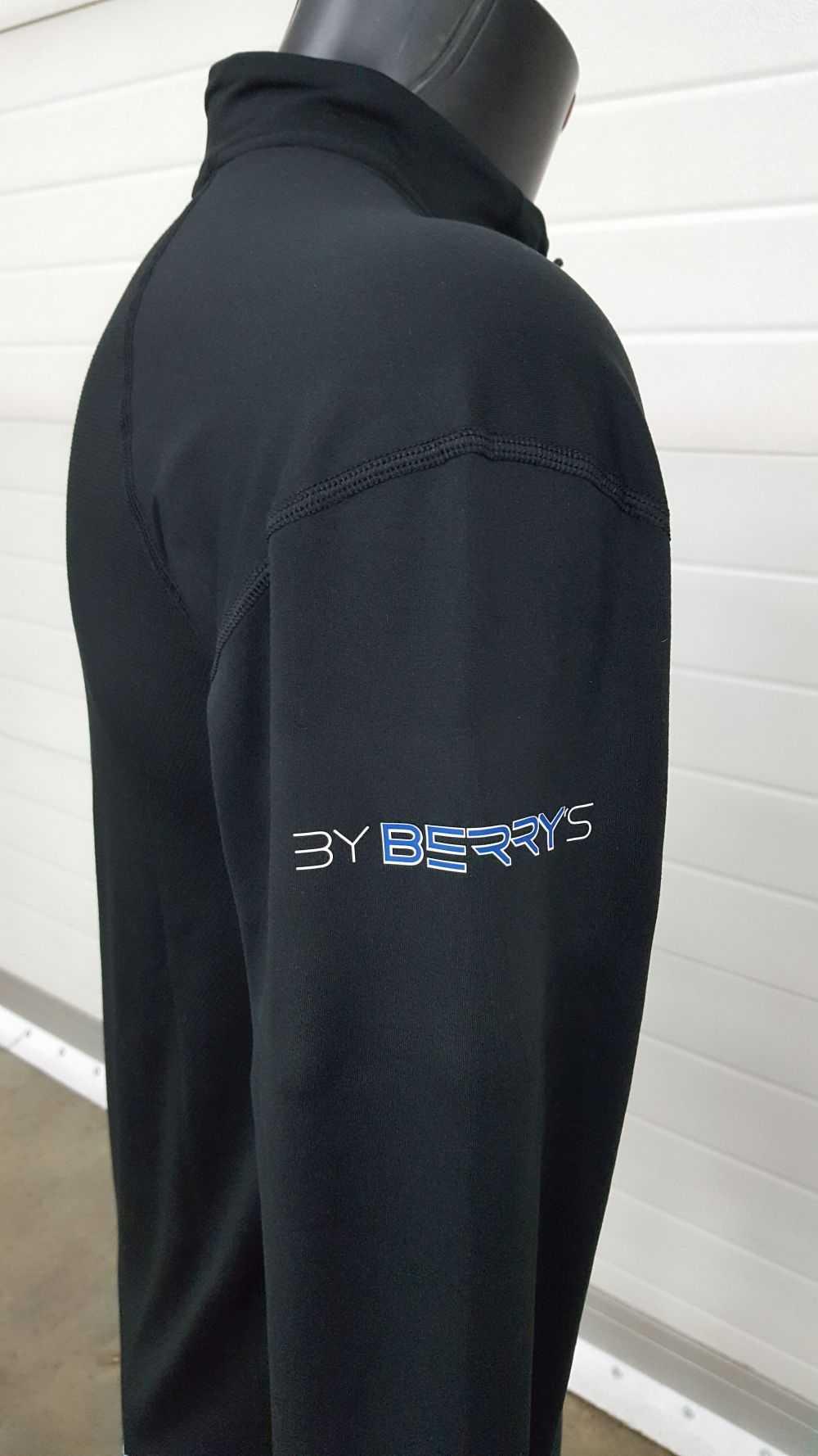 Textiel met logo van By Berry's