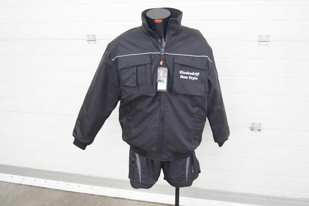 Werkkleding met logo en tekst bedrukken jas