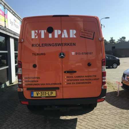 Autobelettering bus logo tekst ontwerpen sticker belettering