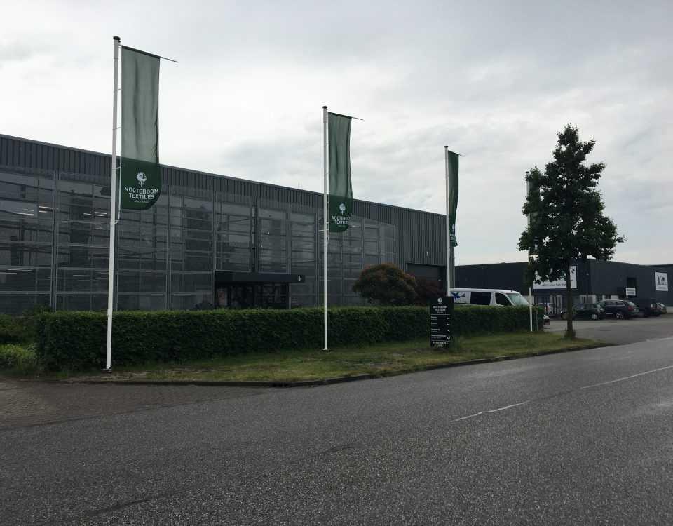 Buitenreclame Vlaggenmasten bedrijf sign bedrukken logo